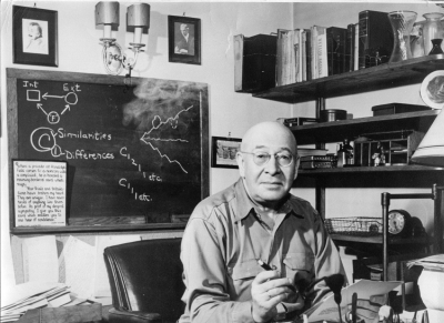 Alfred Korzybski in his Chicago Office, 1944 1
